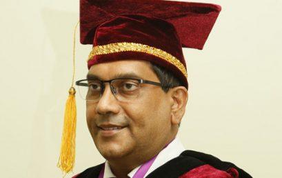 Dr. Ruwan Gamage sworn in as the President – SLLA